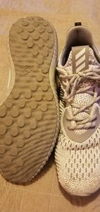 Mens Adidas Alphabounce. Size 11